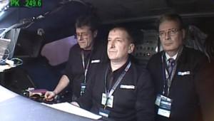 TF1/LCI : L'équipe aux commandes du TGV qui a établi un nouveau record de vitesse sur rail : 574,8 km/h (3 avril 2008)