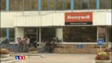 Fermeture d'une usine Honeywell en 2013: les salariés sous le choc
