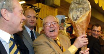 Jean-Marie Le Pen au salon de l'Agriculture en 2002.