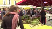Les fruits et légumes de saison s'invitent au marché de Sarlat