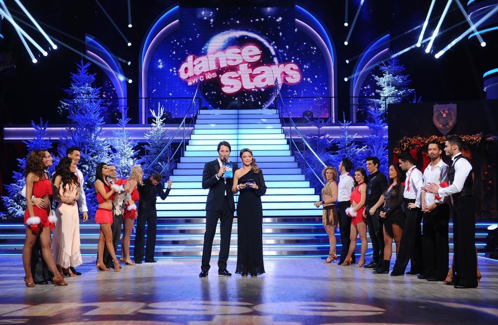 http://s.tf1.fr/mmdia/i/97/2/danse-avec-les-stars-noel-10818972giwhx.jpg?v=1