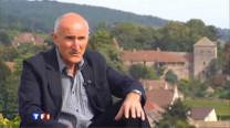 Cet historien, universitaire, passionné de vins défend le terroir de la Bourgogne, cette mosaïque de parcelles qui donnent naissance à des vins aux charmes si différent.