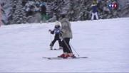 Ski, luge, raquettes … les vacanciers profitent de la neige