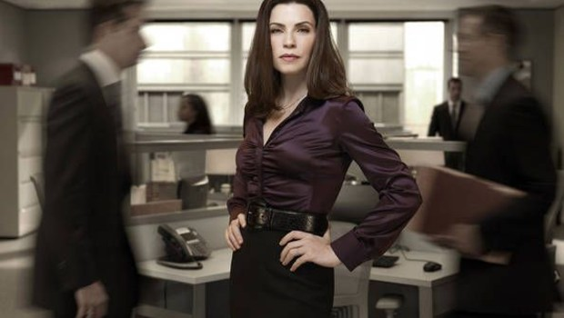The Good Wife - Saison 2. Série créée par Michelle King, Robert King en 2009. Avec : Julianna Margulies, Archie Panjabi, Christine Baranski et Josh Charles.