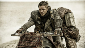 Tom Hardy dans le film Mad Max : Fury Road de George Miller