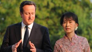 David Cameron et Aung San Suu Kyi, le 13/4/2012, à Rangoon