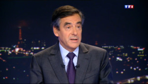 Le 20 heures du 15 janvier 2014 : Conf�nce de Hollande, municipales, vie priv�: l%u2019interview de Fran�s Fillon sur TF1 - 753.5452021484375