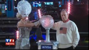 New York: Lady Gaga fête 2012 sur Times Square, les images