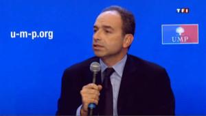 UMP : Copé évoque le racisme anti-blanc, Fillon tempère