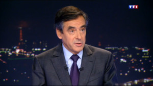 Le 20 heures du 15 janvier 2014 : Conf�nce de Hollande, municipales, vie priv�: l%u2019interview de Fran�s Fillon sur TF1 - 754.1612021484375