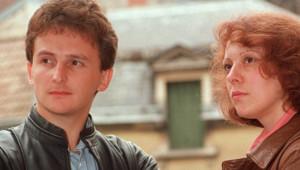 Christine et Jean-Marie Villemin, les parents du petit Grégorory Villemin, retrouvé noyé le 16 octobre 1984 pieds et poings liés dans la Vologne, arrivent au tribunal de Dijon, le 04 juillet 1989