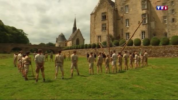 Les châteaux de Mayenne (5/5) : dans les pas d'un groupe de scouts au château de Bourgon