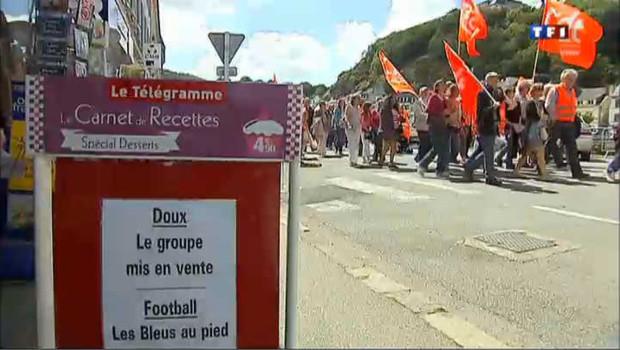 Manifestation pour la survie des élevages de Doux, samedi 23 juin à Chateaulin, dans le Finistère.