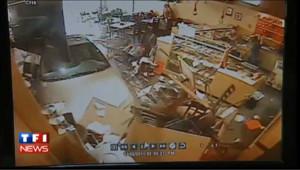 Une voiture fonce dans un restaurant : les images