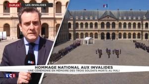 """Hommage national aux Invalides : """"Les trois soldats français ne sont pas morts pour rien"""" a insisté Hollande"""