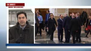 """Le 13 heures du 12 février 2015 : Sommet de Minsk : """"Des discussions très difficiles du début à la fin"""" - 430.74886270141604"""