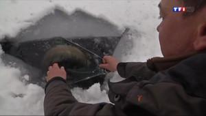 Le 13 heures du 22 janvier 2014 : Une vall�en hiver (3/5) : �h�l, les seniors sont actifs - 2148.5175