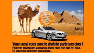 Campagne de publicité pour des locations de voitures évoquant les vacances de MAM et Fillon