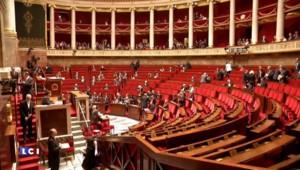 Grèce : Woerth, Le Roux, Le Pen... les politiques réagissent à l'accord