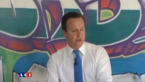 """David Cameron s'engage à réparer """"une société brisée"""""""
