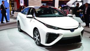 La Toyota Mirai, première voiture de série à hydrogène, au Salon de l'électronique de Las Vegas (CES) en janvier 2015