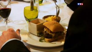 Le 20 heures du 15 janvier 2014 : Le burger, du fast-food au restaurant gastronomique - 1386.4070385742189