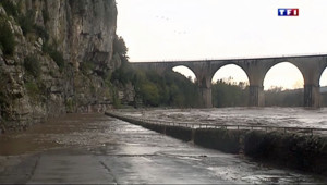 Crues à Vals-les-Bains dans l'Ardèche le 3 novembre 2014