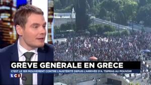 """En Grèce, les manifestants défilent """"avec Alexis pour renverser Tsipras"""""""