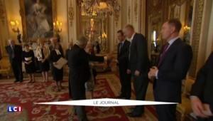 Gaffes en série à Buckingham Palace