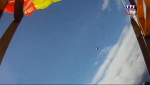 Le 13 heures du 5 avril 2014 : Un parachutiste �te une m�orite in extremis - 867.757
