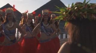 Les Miss à Tahiti, épisode 2 : la plage