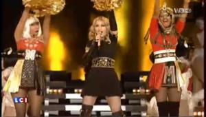 Madonna enflamme le Superbowl : les images