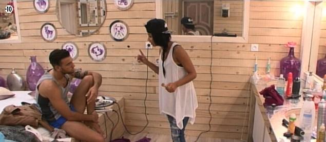 Aymeric demande à Jessica à quel jeu elle joue avec tous les garçons...