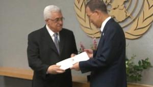 Mahmoud Abbas présente à Ban Ki-moon la demande d'adhésion de l'Etat de Palestine à l'ONU (23/09/2011)
