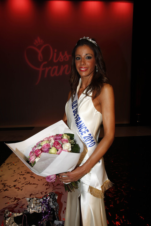 http://s.tf1.fr/mmdia/i/99/6/miss-ile-de-france-2010-pauline-darles-election-candidate-miss-10342996zewis_1879.jpg