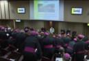 Le 13 heures du 19 octobre 2014 : Au Vatican, un synode au rapport plus conservateur que pr� - 394.487
