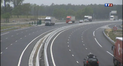 Le 20 heures du 26 avril 2013 : L%u2019A63 : une nouvelle autoroute payante pour le Sud-ouest - 106.351