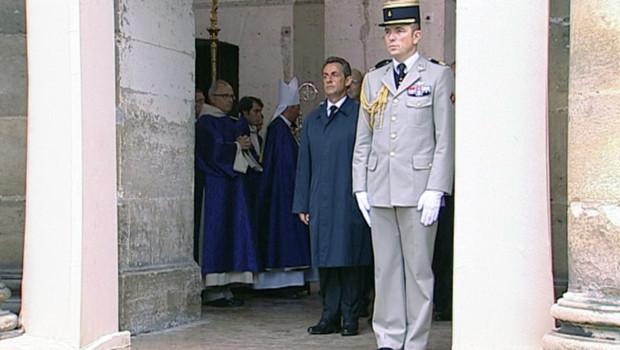Nicolas Sarkozy lors de l'hommage aux sept soldats français tués en Afghanistan (19 juillet 2011)